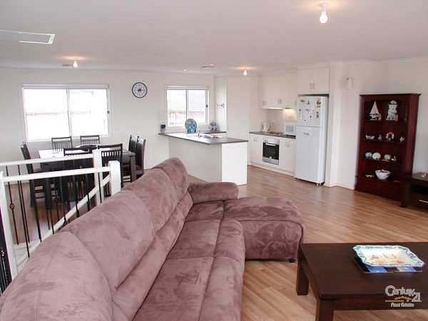 Lounge to kitchen/dining room - 12 Caronia Cove, Sellicks Beach - Holiday House Rental in Sellicks Beach