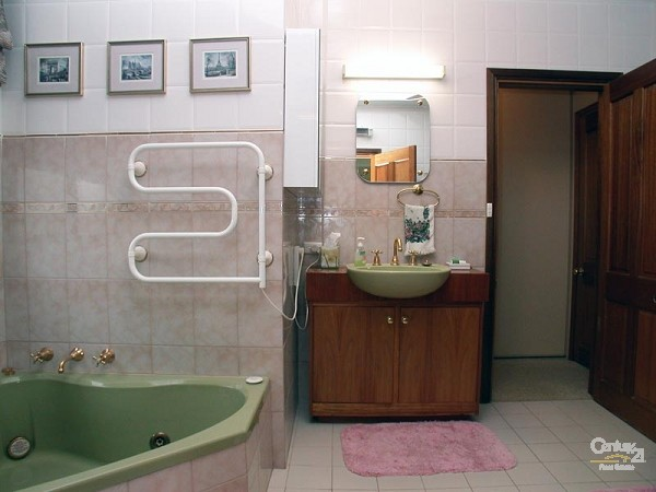 Bathroom 1 - spa & shower - downstairs - 49 Esplanade, Port Willunga - Holiday House Rental in Port Willunga