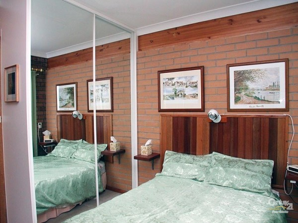 Bedroom 2 - double - downstairs - 49 Esplanade, Port Willunga - Holiday House Rental in Port Willunga