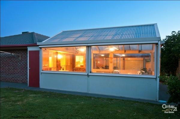 19 Livermead Way, Moana - House for Sale in Moana