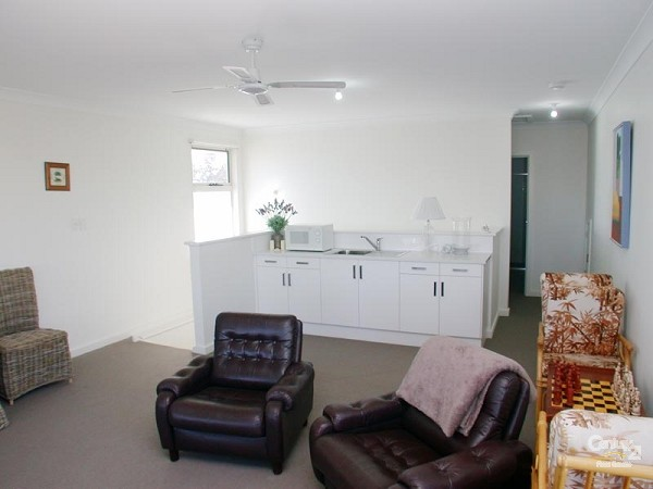 9 Anchor Terrace, Port Willunga - Holiday House Rental in Port Willunga