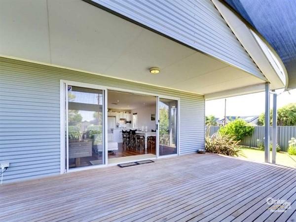 8 Falcon Street, Port Willunga - Holiday House Rental in Port Willunga