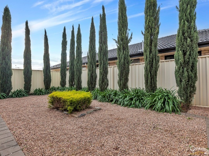 8 Barossa Drive, Munno Para West - House for Sale in Munno Para West