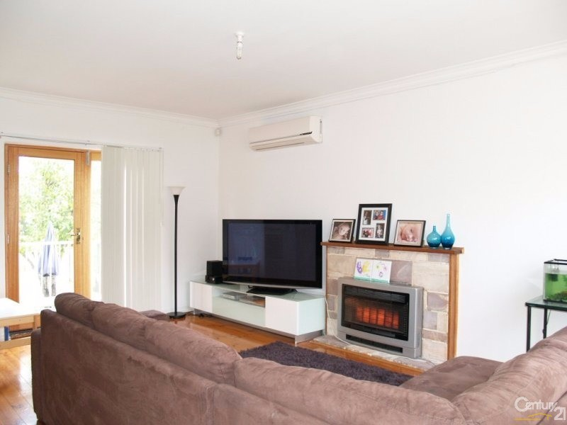 53 DUNDEE AVENUE, Holden Hill - House for Rent in Holden Hill