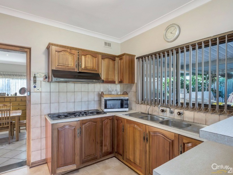 11 Yalpara Avenue, Seaton - House for Sale in Seaton