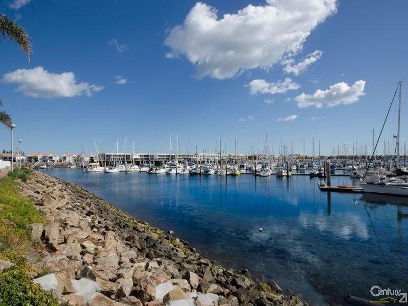 Secure key access entry - 56/7 Arcadia Court, North Haven - Unit for Sale in North Haven