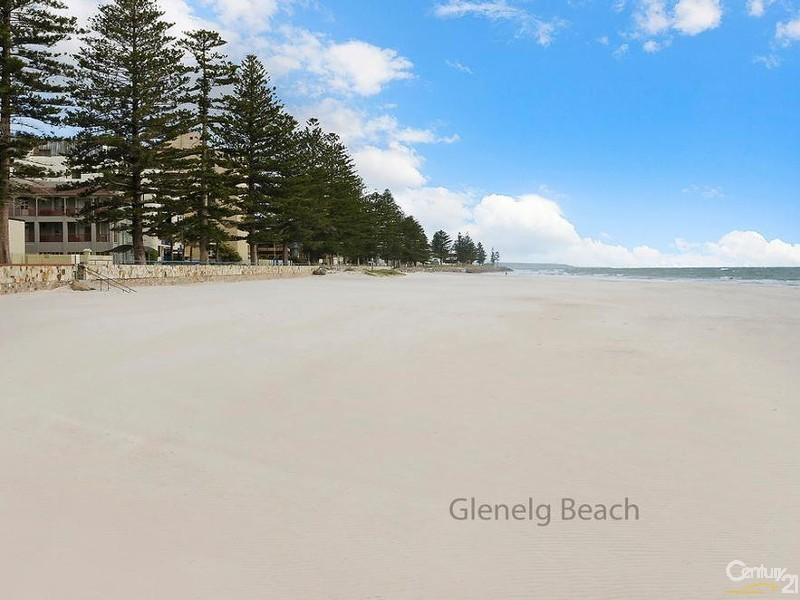 3c Aroona Place, Glenelg North - Holiday Apartment Rental in Glenelg North