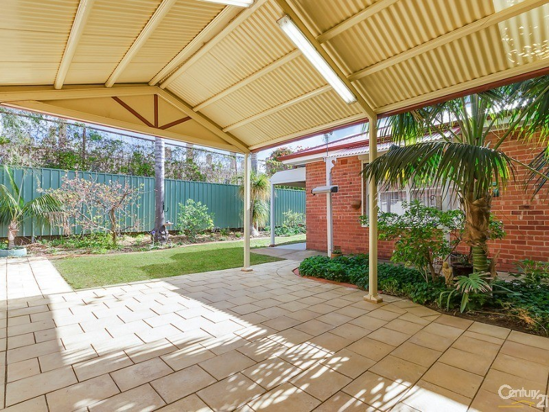 Gabled entertaining area ideal for summer dinners - 10 Harrold Street, Largs Bay - House for Sale in Largs Bay