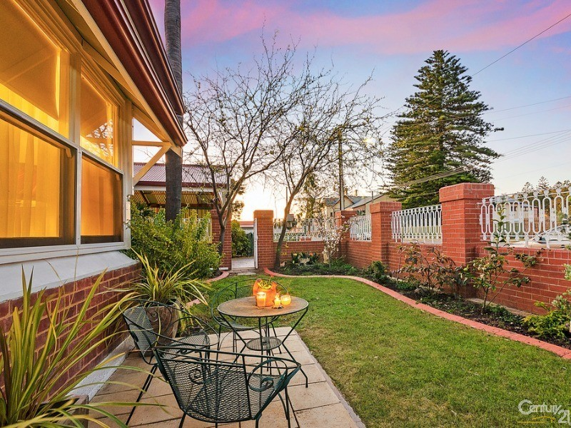 Ideal for enjoying Winter sunshine and secure and private - 10 Harrold Street, Largs Bay - House for Sale in Largs Bay