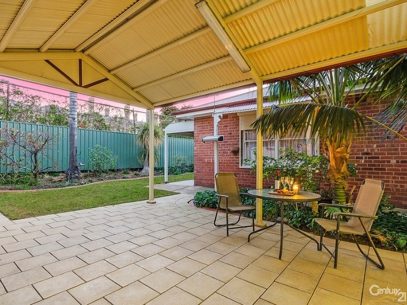 Gabled rear pergola - 10 Harrold Street, Largs Bay - House for Sale in Largs Bay