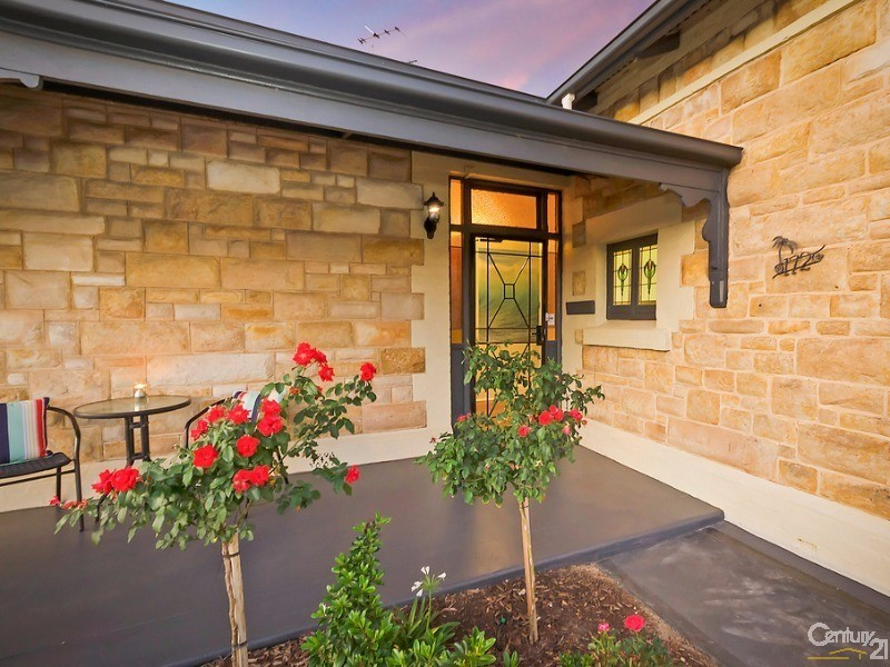 Enchanting Entrance - 172 Fletcher Road, Largs Bay - House for Sale in Largs Bay