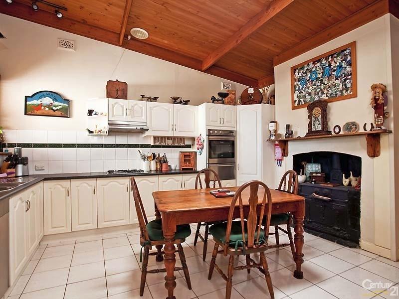 24 Roberts Street, Birkenhead - House for Sale in Birkenhead