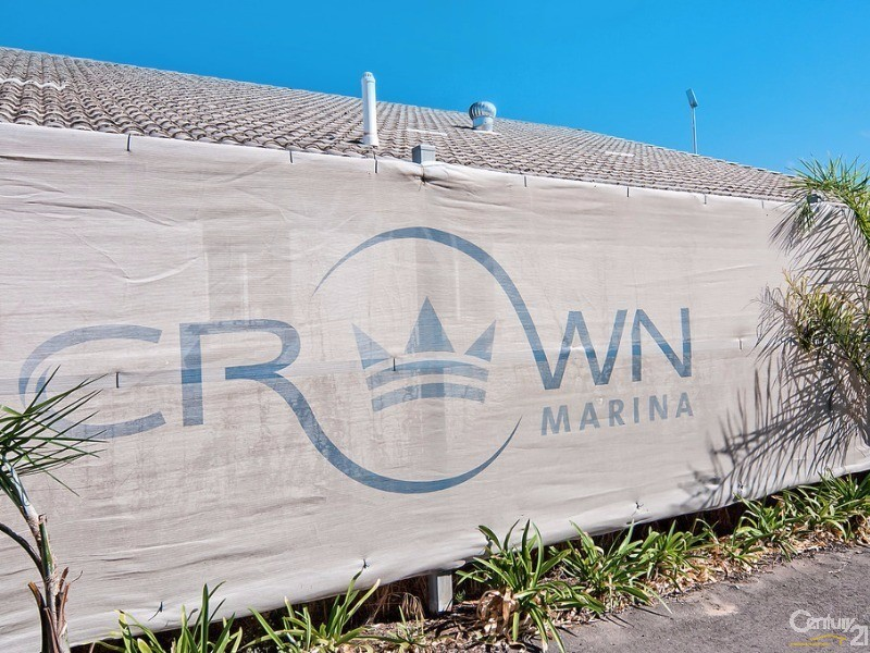 J3 Crown Marina, North Haven - Unit for Sale in North Haven
