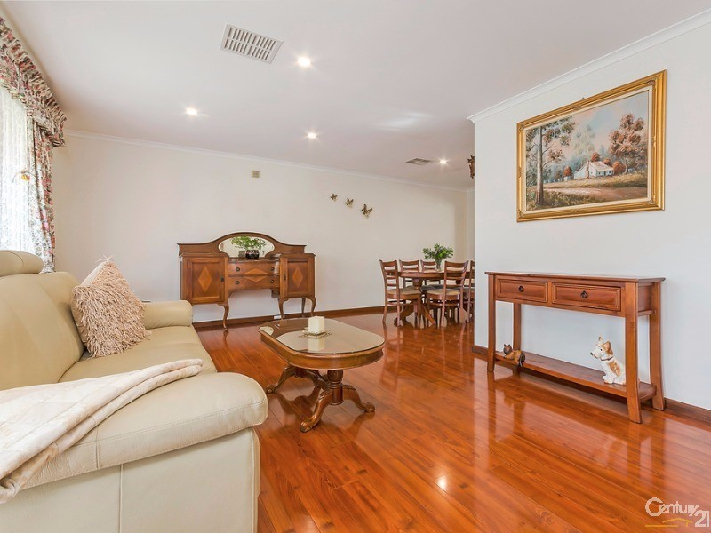 6 Tapping Crescent, North Haven - House for Sale in North Haven