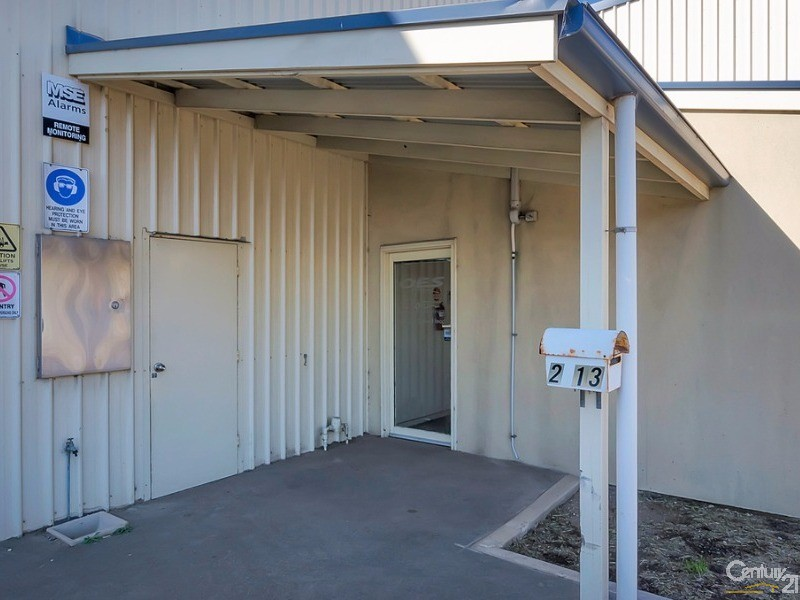 2/13 Creswell Road, Largs Bay - Commercial Property for Lease in Largs Bay