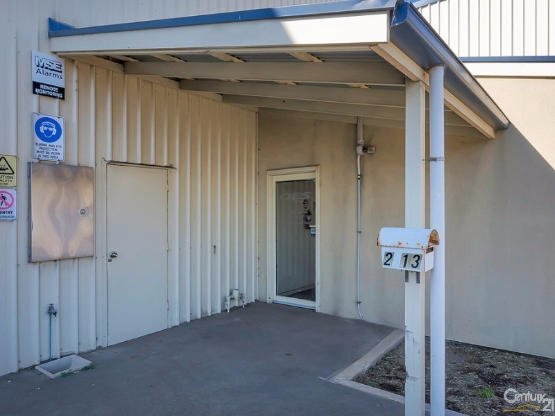 2/13 Creswell Road, Largs Bay - Commercial Property for Sale in Largs Bay