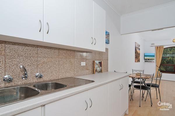 3/22 Esplanade, Semaphore South - Holiday Unit/Apartment Rental in Semaphore South