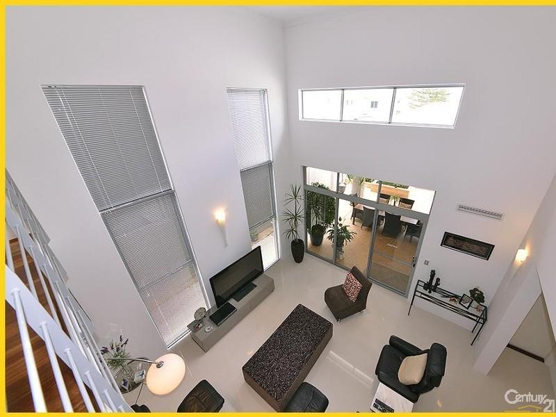 18 Shoreham Turn, Mindarie - House for Sale in Mindarie