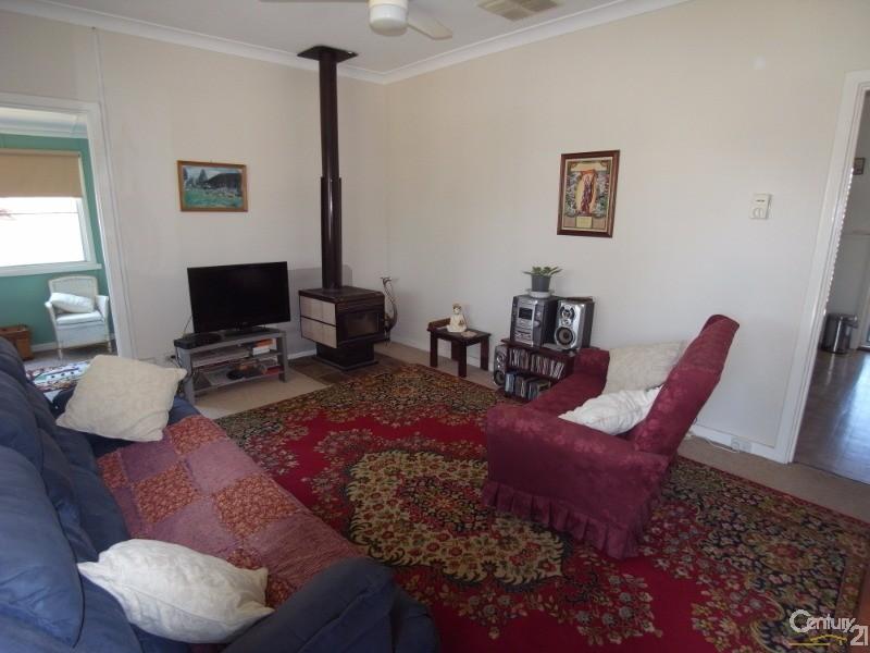 9 Harrington Street, Calingiri - Rural Residential Property for Sale in Calingiri