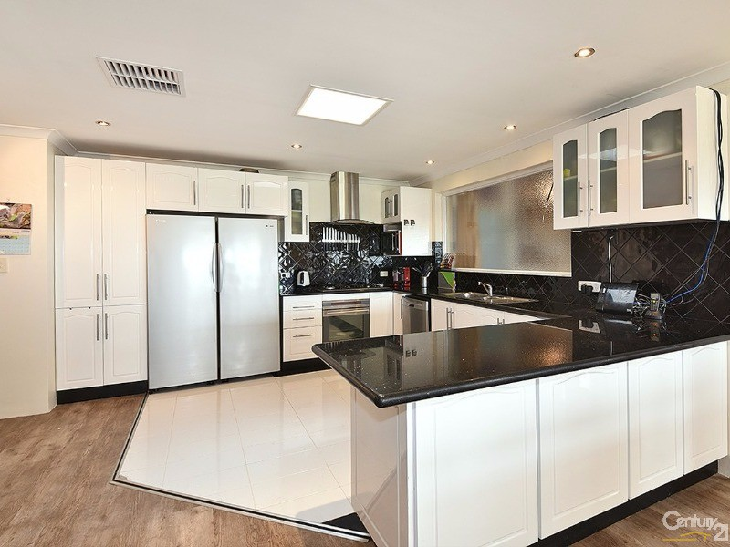 100 Santa Barbara Pde, Quinns Rocks - House for Sale in Quinns Rocks