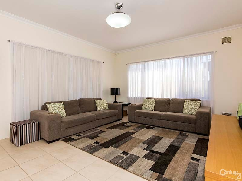 4 Manta Pass, Mindarie - House for Sale in Mindarie