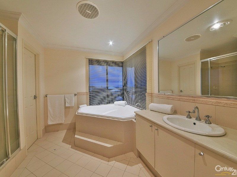 27 Gateshead Loop, Mindarie - House for Sale in Mindarie
