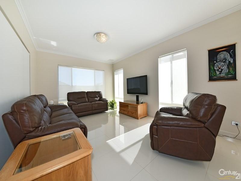 15 Dotterel Green, Jindalee - House for Sale in Jindalee