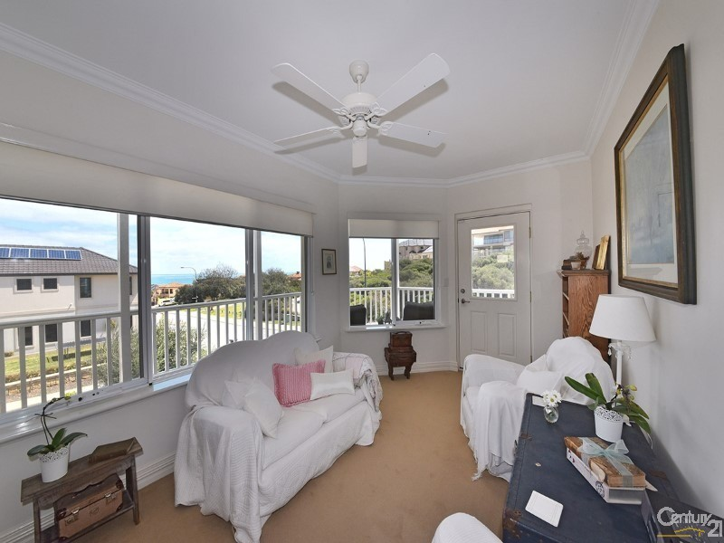 34 Mariners View, Mindarie - House for Sale in Mindarie