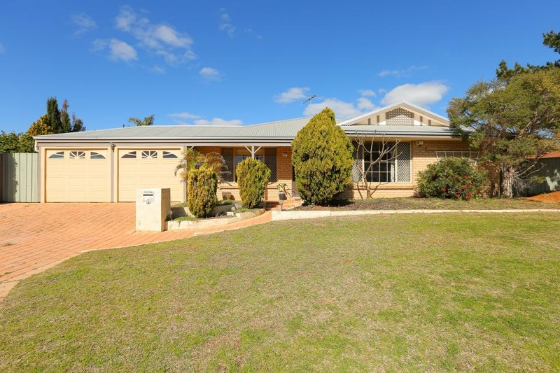 15 Serpentine Gardens, Clarkson - House for Sale in Clarkson