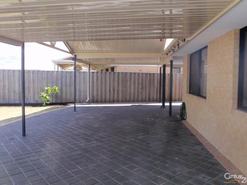 76 Halpin Circle, Ellenbrook - House for Rent in Ellenbrook