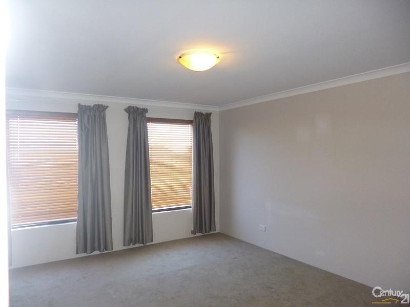 2 Branxholme Terrace, Ellenbrook - House for Rent in Ellenbrook
