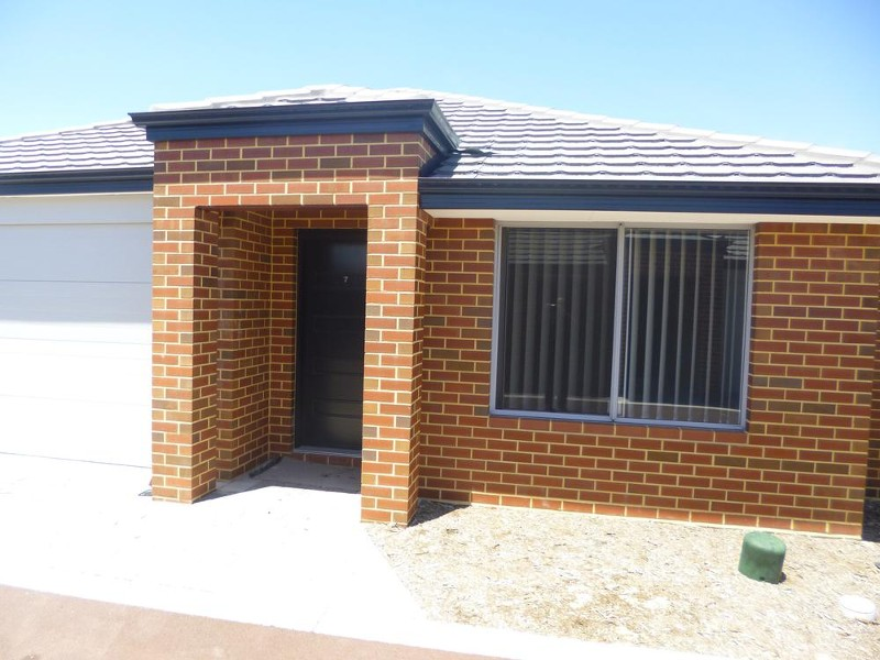 7/11 Hodnet Bend, The Vines - Unit for Rent in The Vines