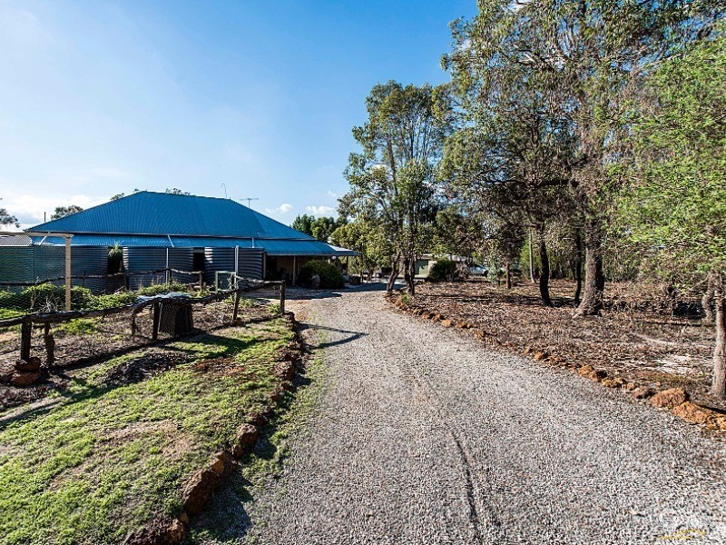 19 Heron Hill, Chittering - House for Sale in Chittering