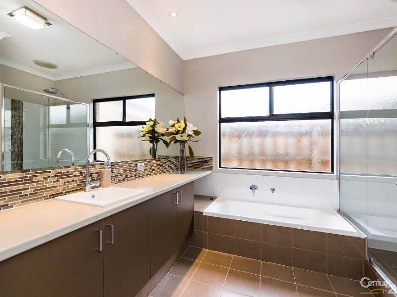 3 Delapre Drive , The Vines - House for Sale in The Vines