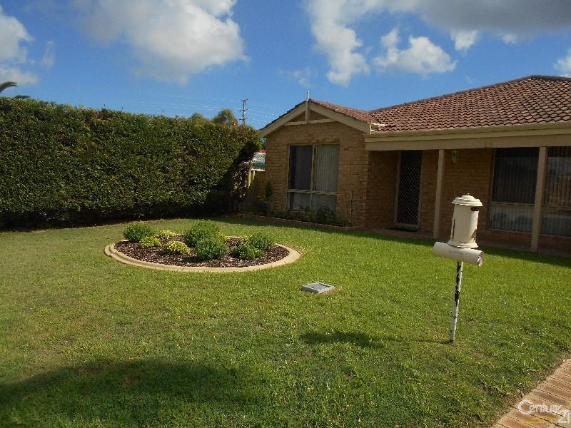 4 Yarra Court, Carramar - House for Rent in Carramar