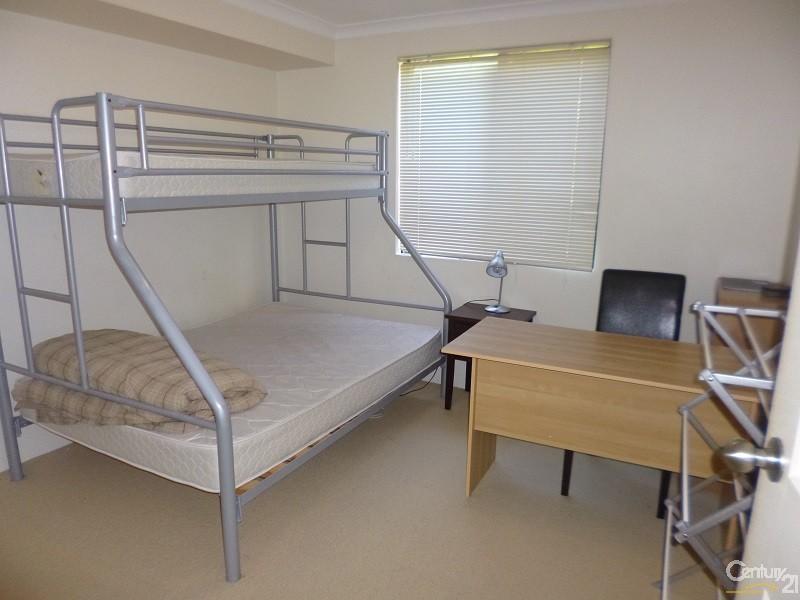 1-2 Wattlebird Loop, Joondalup - Apartment for Rent in Joondalup