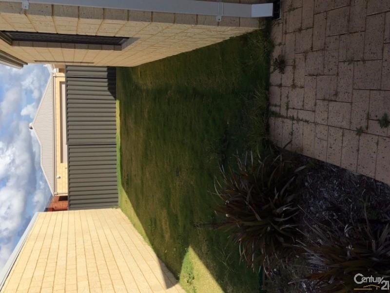 5 Cinnibar Bend, Aveley - House for Rent in Aveley