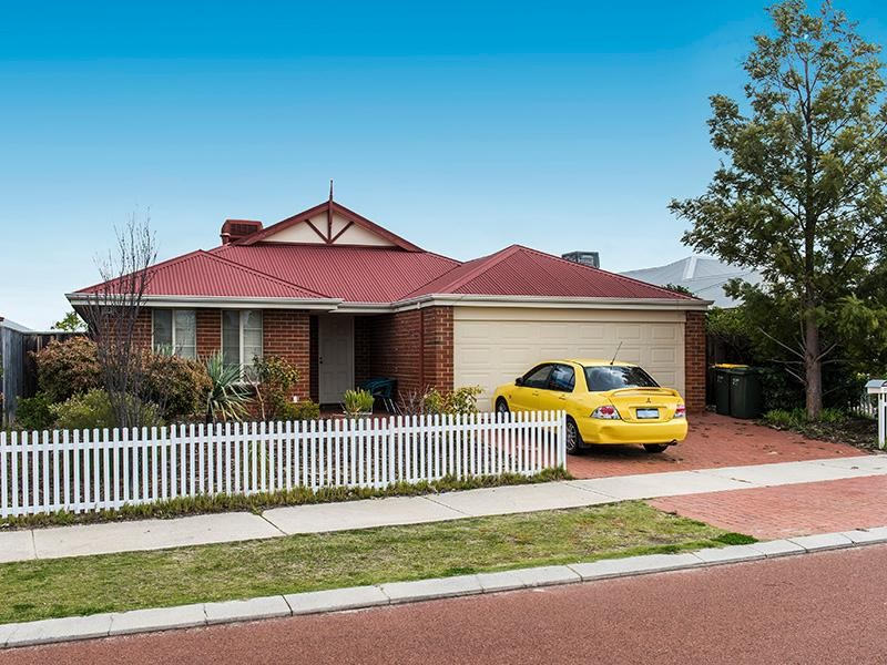 25 Bancombe Crescent , Ellenbrook - House for Sale in Ellenbrook