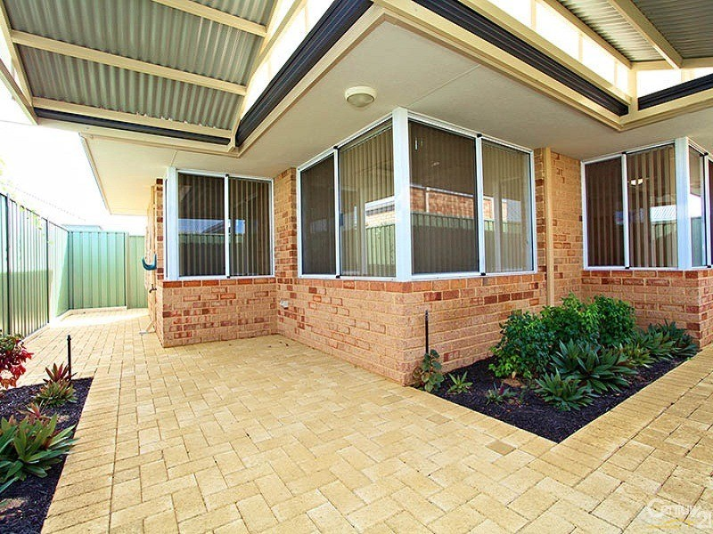 18 Olivenza Crescent, Bethanie Waters, Port Kennedy - Villa for Sale in Port Kennedy