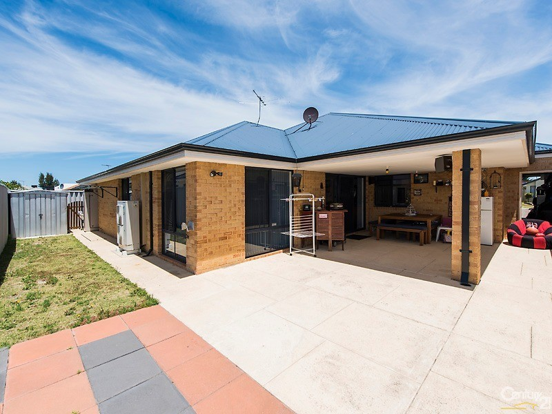 10 Vitesse Approach, Shoalwater - House for Sale in Shoalwater