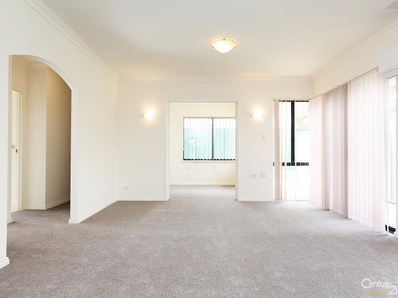 Villa 53 Proserpine Loop, Bethanie Waters , Port Kennedy - Villa for Sale in Port Kennedy