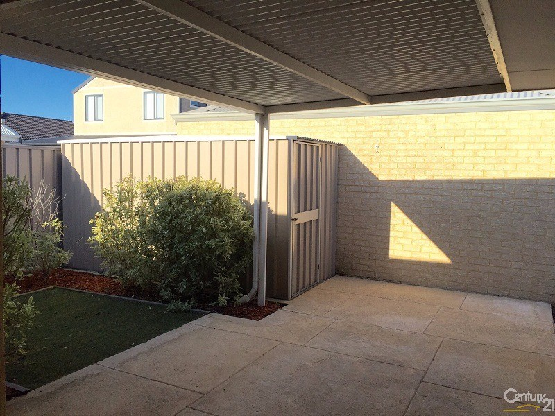 94 Waterfront Parkway, Shoalwater - House for Rent in Shoalwater
