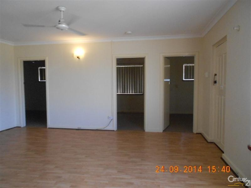 13 Julia Street, Safety Bay - House for Rent in Safety Bay