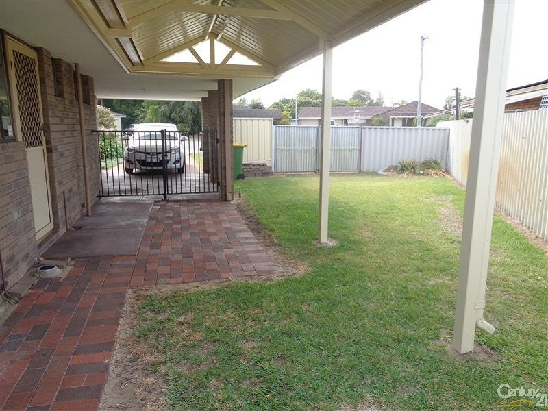 11A Dobson Court, Safety Bay - Duplex for Rent in Safety Bay