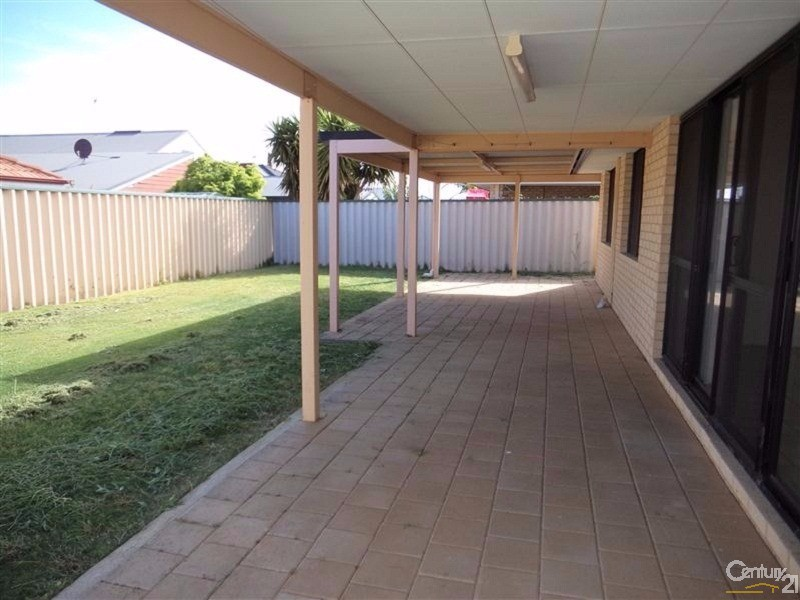 70 Pamplona Boulevard, Port Kennedy - House for Rent in Port Kennedy