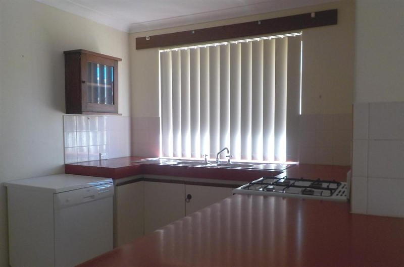 38 Stainer Avenue, Rockingham - House for Rent in Rockingham