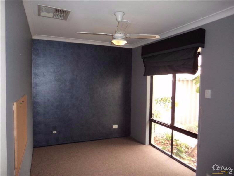 16 Timberlane Loop, Cooloongup - House for Rent in Cooloongup