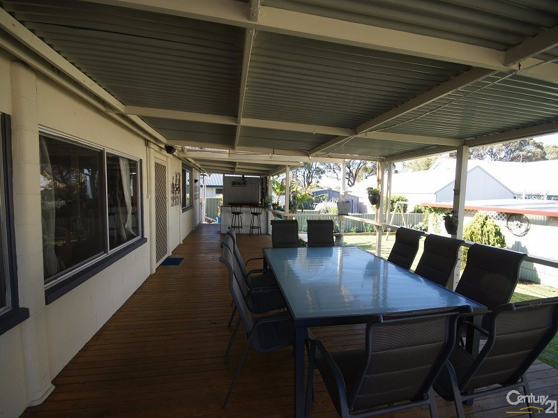 4 Second Avenue , Shoalwater - House for Sale in Shoalwater