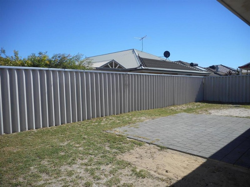 9 Celtic Crescent, Shoalwater - House for Rent in Shoalwater