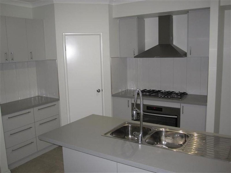 1D Radford Place, Safety Bay - House for Rent in Safety Bay